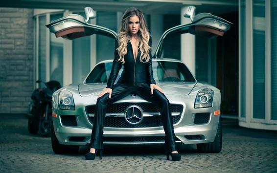 Обои Автомобиль Mercedes SLS и девушка