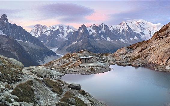 Fondos de pantalla Macizo del Mont Blanc, salida del sol, lago, cabaña, Alpes Graian