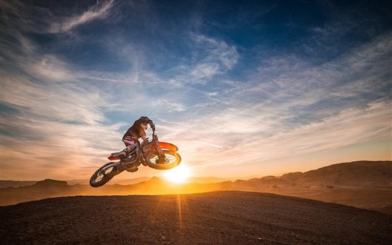 Обои Мотоцикл гонки, спорт, прыжок, закат