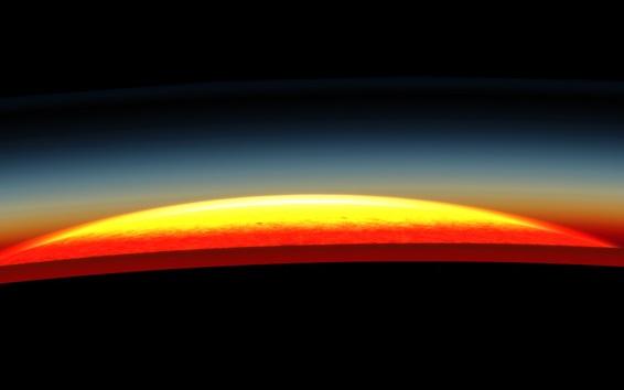 Обои Планета крупным планом, свечение, свет, пространство