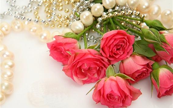 배경 화면 붉은 꽃, 장미, 진주 목걸이