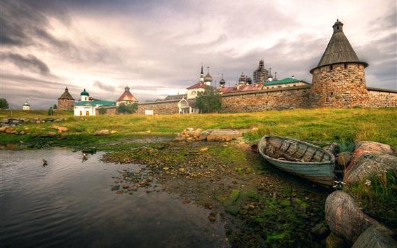 壁紙 ロシアの北、Solovki要塞、ボート、草、住宅、雲