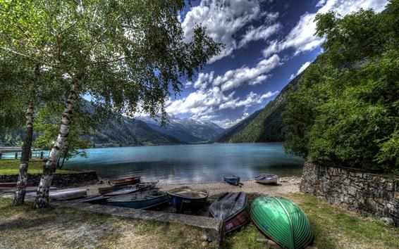 Обои Швейцария, Poschiavo Озеро, горы, деревья, берег, лодки