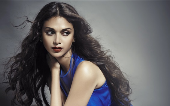 Wallpaper Aditi Rao Hydari 04