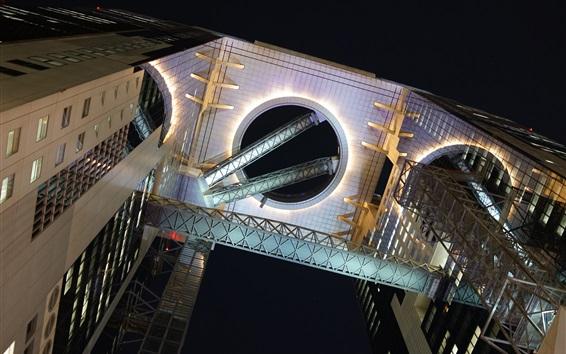 Обои Воздушный коридор между многоэтажек