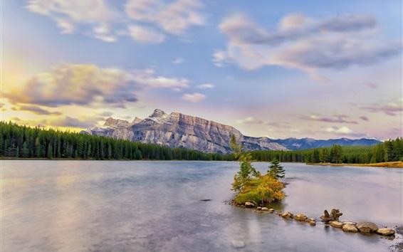 Fondos de pantalla La hermosa naturaleza, lago, montañas, árboles, piedras, nubes