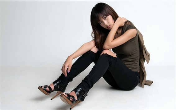 Wallpaper Fashion korean girl, sit on floor