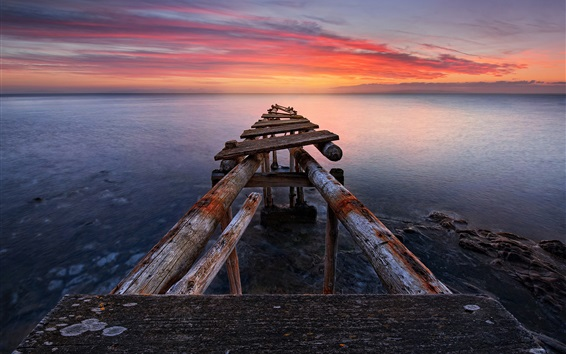 Wallpaper Italy, Tuscany, sea, old pier, sunset, red sky