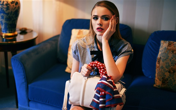 Wallpaper Kristina Bazan 06