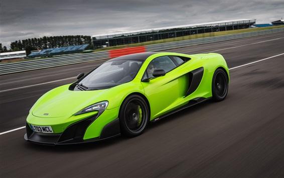 Fondos de pantalla McLaren 675LT superdeportivo verde de alta velocidad