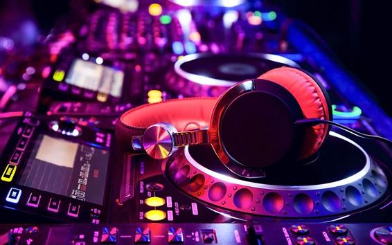 Fond d'écran Consoles de mixage, un casque, des couleurs, thème de la musique