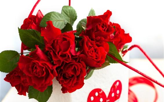 Обои Бумажный мешок, красная роза цветы