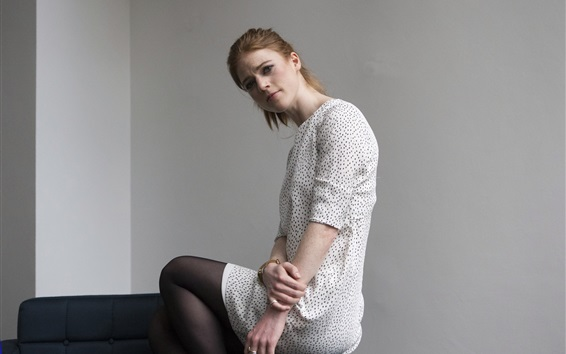 Wallpaper Rose Leslie 01