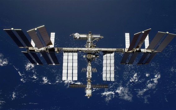 Wallpaper Space station, solar battery boards