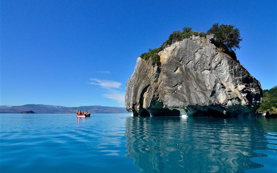Wallpaper Cathedral Cave, blue sea, boat, New Zealand