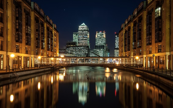 Обои Город ночь, небоскребы, Лондон, Англия, Docklands, река, дома