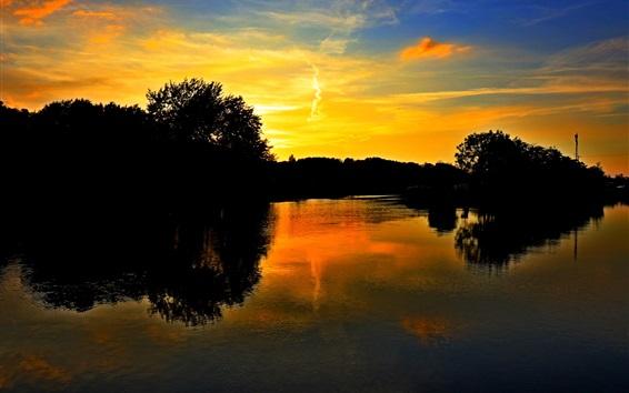 Fond d'écran Lac, arbres, coucher de soleil, nuages