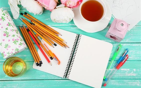 Обои Карандаши, ноутбук, чай, цветы