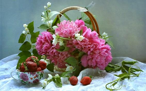 Fond d'écran pivoines roses et jasmin blanc, panier, fraise