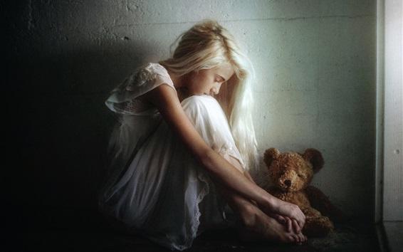 Wallpaper Sadness girl and teddy bear