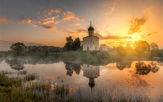 Fondos de pantalla Vladimir, Rusia, templo, por la mañana, río, salida del sol, nubes