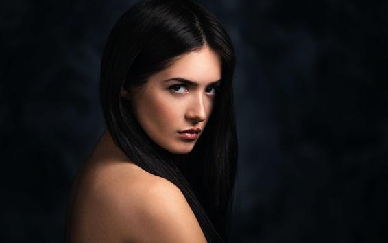 Papéis de Parede Retrato de menina de cabelo preto, olhar para trás