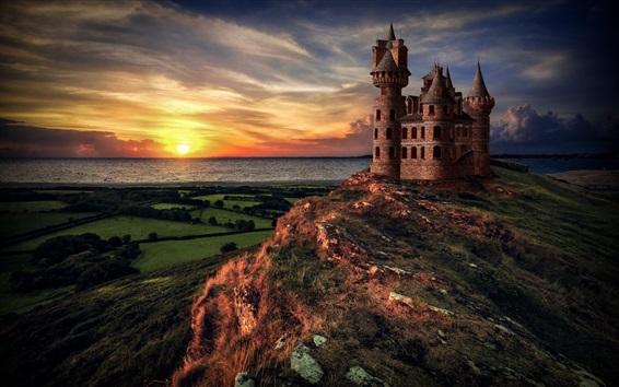 壁紙 城、海、夕日、山の頂上、雲