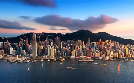 壁紙 シティビュー、香港、高層ビル、海、ヨット、山、雲