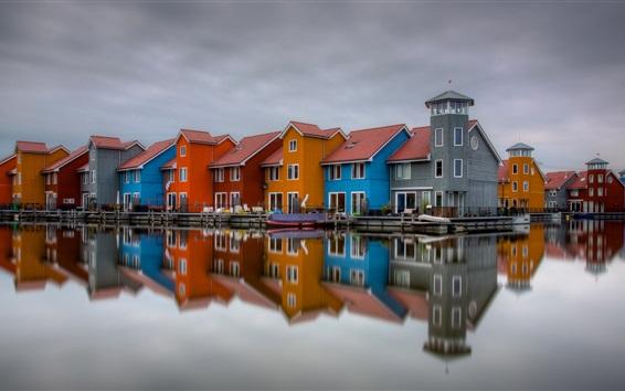 壁紙 色の家、オランダ、川、夕暮れ