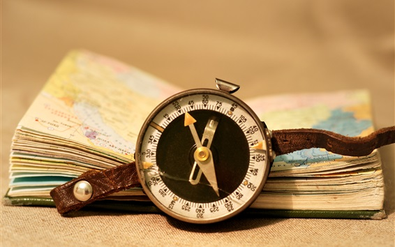 Wallpaper Compass and atlases