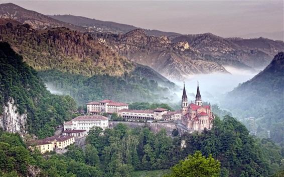 Обои Covadonga, Испания, замок, горы, лес, туман