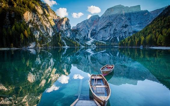 Wallpaper Lake, mountains, boats, water reflection
