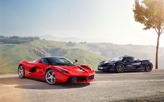 Обои McLaren черный суперкар и Ferrari LaFerrari красный суперкар