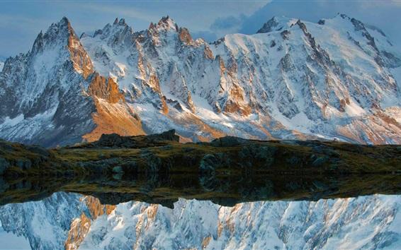 Обои Горы, снег, ручей, вода отражение