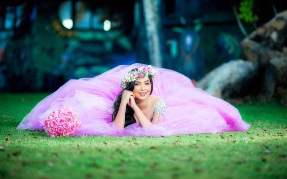 Fond d'écran Robe rose, mariée, sourire, rose, herbe