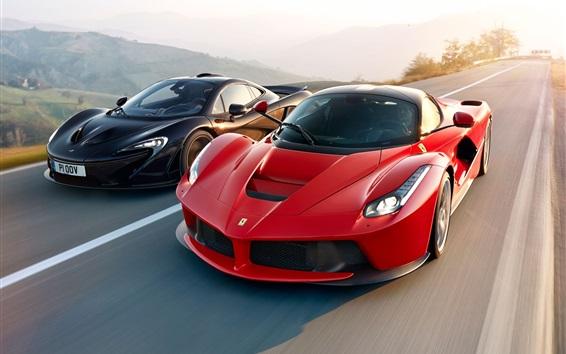 Обои Красный и черный суперкары скорость, McLaren и Ferrari LaFerrari