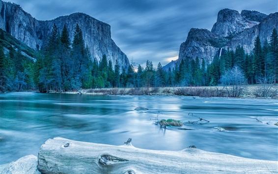 Fond d'écran Parc national de Yosemite, arbres, montagnes, lac, hiver