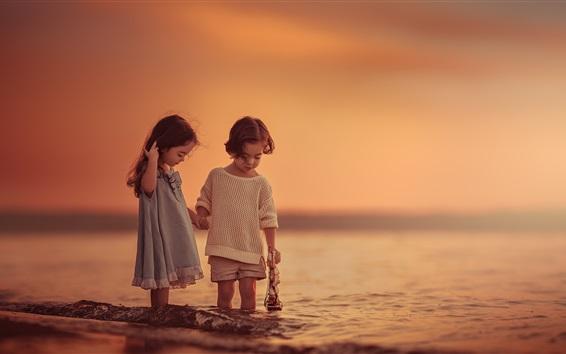 Wallpaper Children play games at sea, sunset