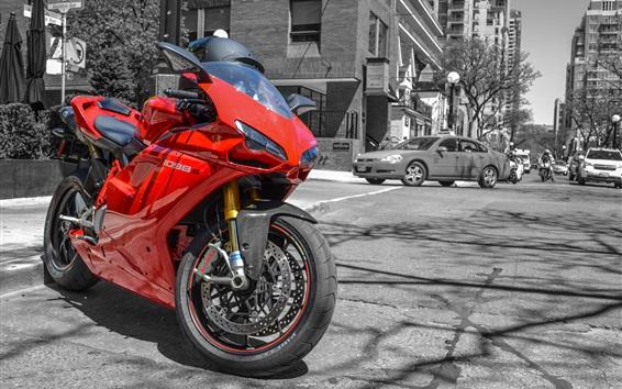 Обои Ducati 1098S красный мотоцикл на улице
