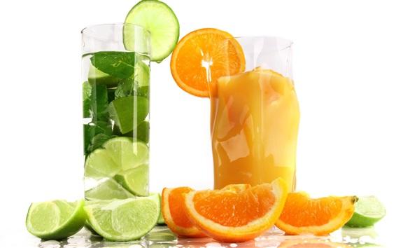 Обои Фруктовый сок коктейль, апельсин и лайм, стеклянные чашки