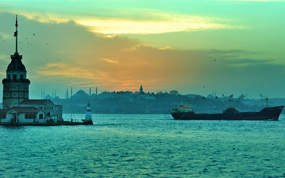 Wallpaper Istanbul, Turkey, Bosphorus, lighthouse, boats, dusk