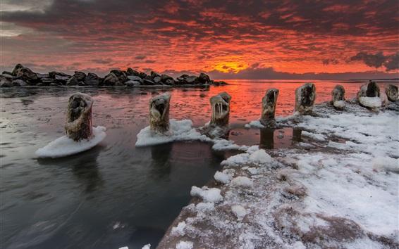 Wallpaper Sea, sunset, clouds, winter, ice, frozen