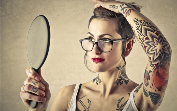 Wallpaper Tattoos girl use mirror