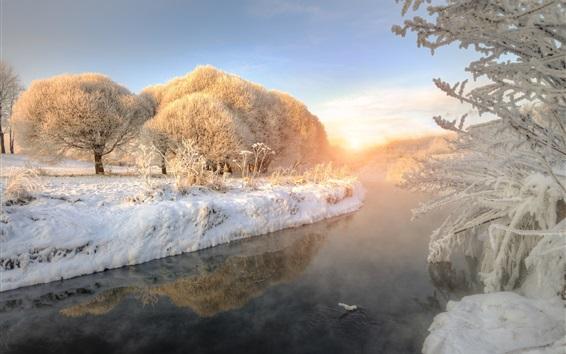 Обои Зима, толстый снег, река, деревья, застывшие, восход солнца, туман, рассвет