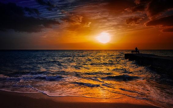 Обои Пляж, песок, море, волны, рыбак, силуэт, закат