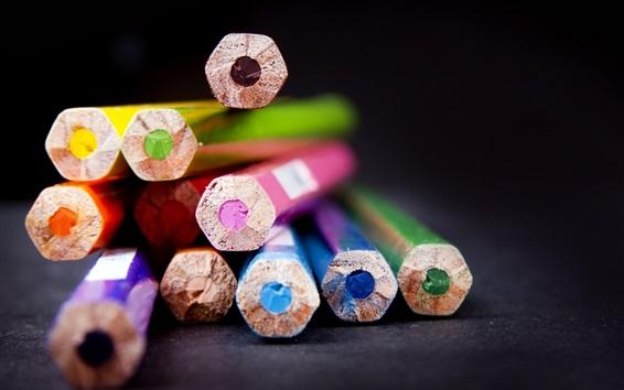 Обои Цветные карандаши, черный фон