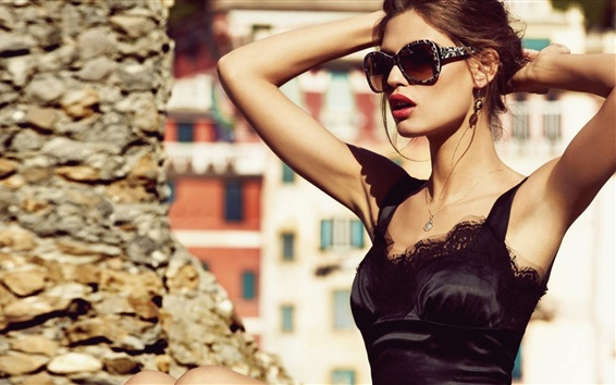 Wallpaper Fashion girl, black skirt, sunglasses