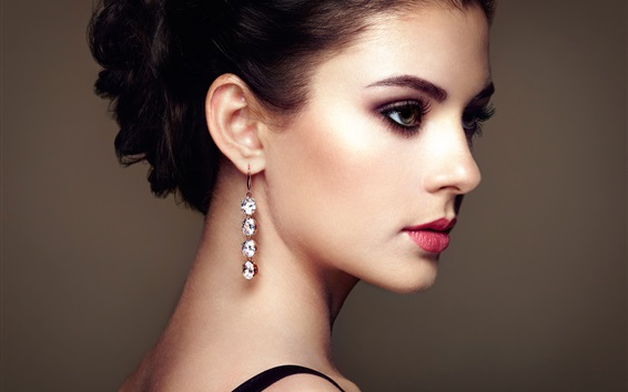 Wallpaper Fashion young beautiful girl, earrings pendants