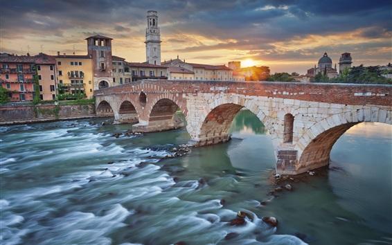 Wallpaper Italy, Verona, river, bridge, city, houses, clouds, sunset