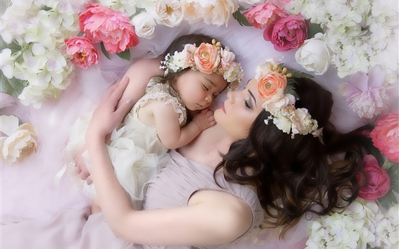 Wallpaper Mom and daughter, love, tenderness, wreath, flowers, sleeping
